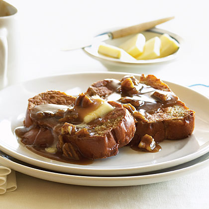 Toffee French Toast with Pecans Recipe