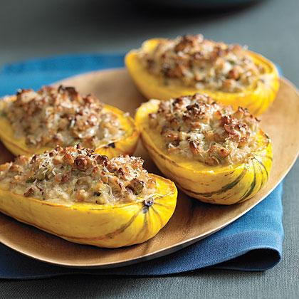 Looking for an easy meat-free dinner? This roasted delicata squash stuffed with mushrooms and quinoa is so flavorful and satisfying. Delicata is a quick-cooking squash, so this is a great midweek meal!Steps: