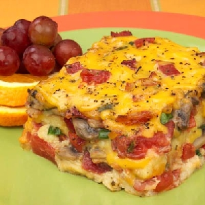 Hunt's Bacon, Tomato and Cheese Strata