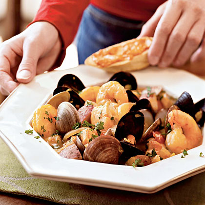 Classic Bouillabaisse with Rouille-Topped CroutonsRecipe