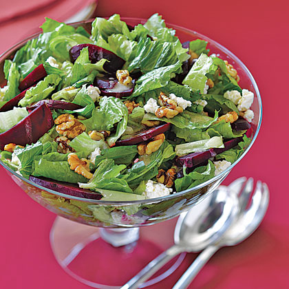 Roasted Beet, Walnut and Romaine Salad Recipe