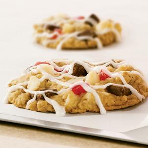 Cherry Macadamia Oatmeal Cookies