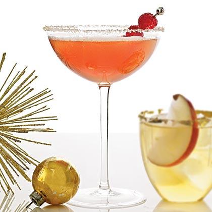 <p>Peach Melba Cocktail</p>