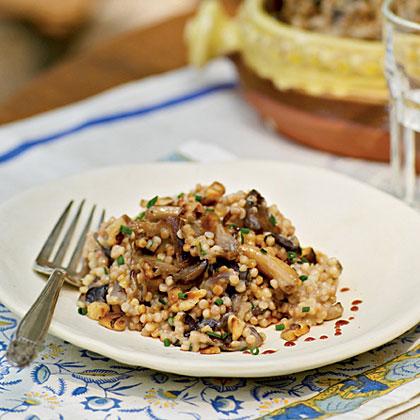 Risotto-Style Fregula with Mushrooms, Abbamele, and Goat Cheese (Fregula kin Antunna e Crapinu)