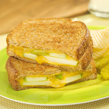 country crock apple and chedder grilled cheese recipe