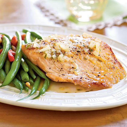 <p>Orange-Glazed Salmon Fillets with Rosemary</p>