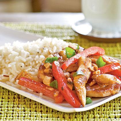 Chicken, Cashew, and Red Pepper Stir-Fry