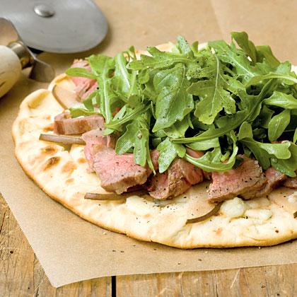 Mini Grilled Steak and Gorgonzola Pizzas