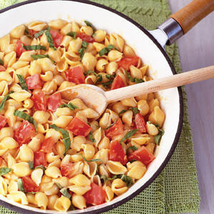 Kraft Shells with Tomato and Basil Recipe