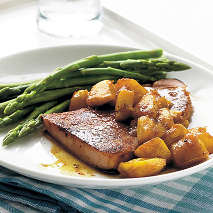 Skillet-Grilled Ham with Glazed Pineapple