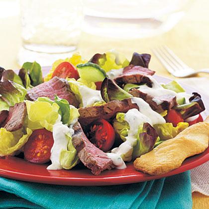 Steak Salad with Creamy Horseradish Dressing