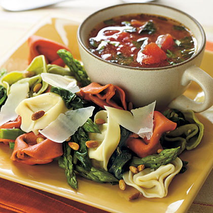 Fresh Vegetable and Tortelloni Pasta Salad Recipe