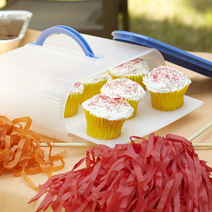 Packing a picnic for a summer sporting event? Don't stop with the main dish; rally the troops in the last inning with portable treats that pack well and require no refrigeration. Cupcakes, brownies, cookies, and peanut brittle are all fun-to-make and easy-to-transport ideas. Check out our 10 best crowd pleasers.
