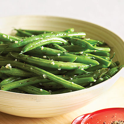 Garlic and Thyme Green Beans Recipe | MyRecipes