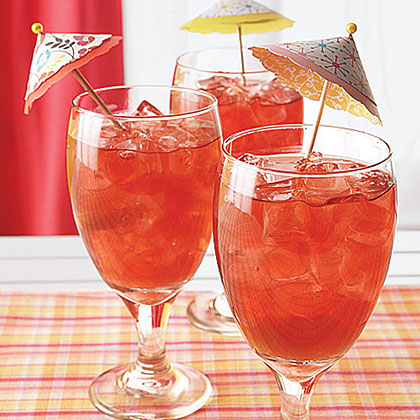 Hibiscus Iced Tea with Peaches Recipe