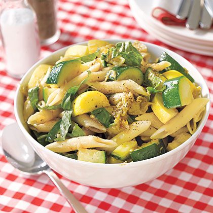 Pasta salat squash
