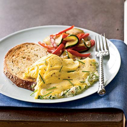 Omelete de ervas e queijo de cabra
