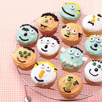 There's nothing scary about these cute little monsters! Your kids will have a ball decorating their own, and to make it easier for them, have cheese spreaders on hand for spreading icing and coloring books they can draw inspiration from.See what our helpers used to decorate cupcakes.Recipe:Little Monster Cupcakes