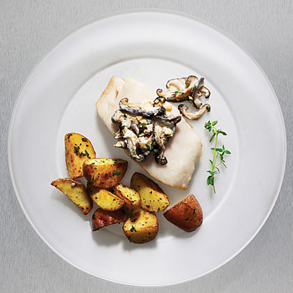 Pan-roasted Sablefish with Mushrooms and Sour Cream Recipe