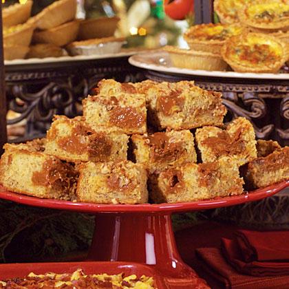 Banana Nut and Dulce de Leche Coffee Cake Recipe | MyRecipes