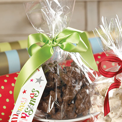 Triple Chocolate-Nut Clusters
