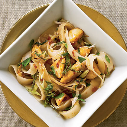 Thai Rice Noodles with Chicken