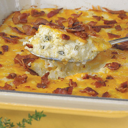 Bacon and Cheddar Cheese Grits Casserole