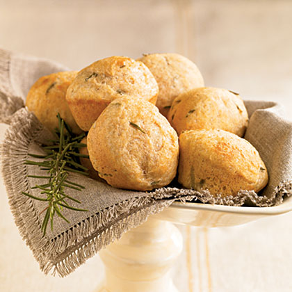 Easy Rosemary Wheat Rolls