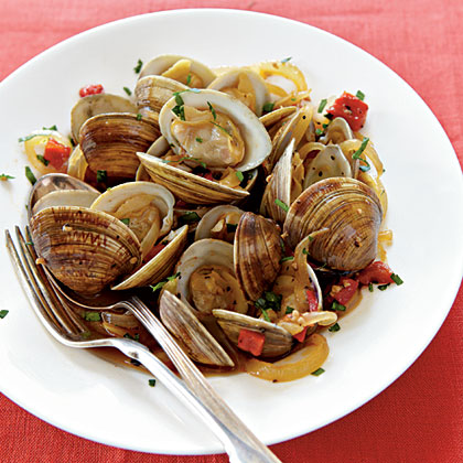 Spanish Style spanish-style clams with red peppers and sherry recipe | myrecipes