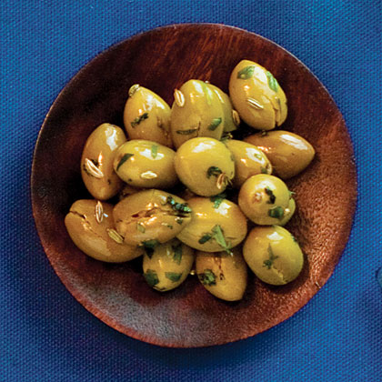 Cracked Green Olives With Fennel Recipe
