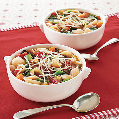 Hearty Minestrone with Shells