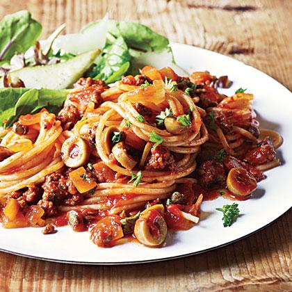 <p>Spanish Spaghetti with Olives</p>