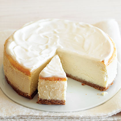 The name says it all! Get the luscious velvety texture of a rich cheesecake with less fat thanks to the greek yogurt and low-fat cottage cheese.Luscious But Low-Fat Cheesecake Recipe