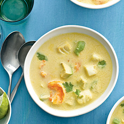 Creamy Garlic-Seafood Soup