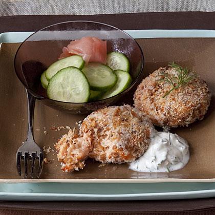 salmon-cakes-dill-sauce Recipe