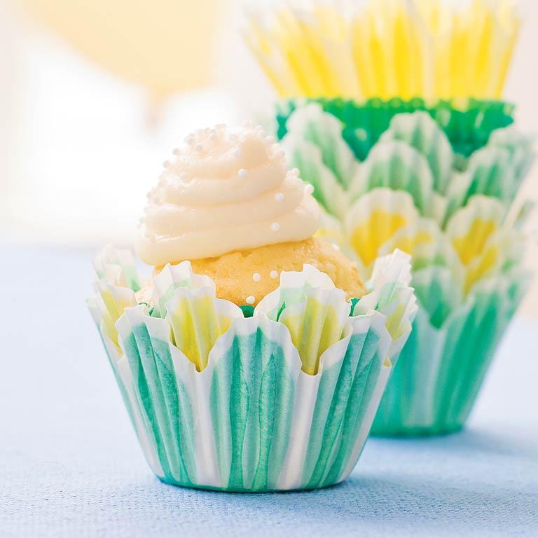 Bite-Size Sour Cream-Pound Cake Cupcakes