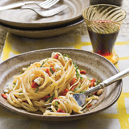 Linguine With Sun-Dried TomatoesRecipe