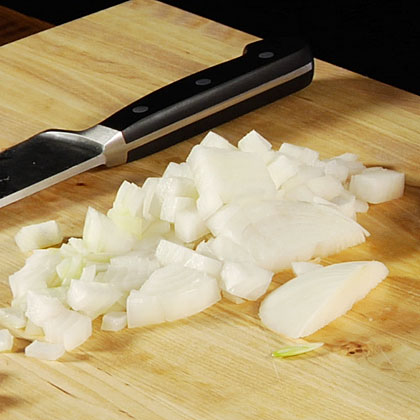 How to Slice and Chop an Onion