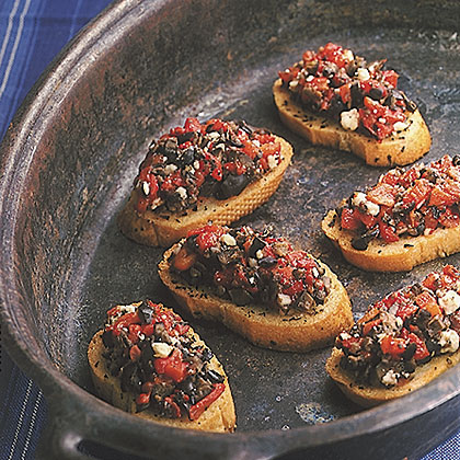 Roasted Red Pepper and Ripe Olive CrostiniRecipe