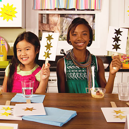 Whether loaded with potatoes or filled with beef, these kid-friendly soups earned raved reviews from our panel of kid tasters. Now you be the judge; warm up your dinner table with one of the kid-approved recipes tonight!