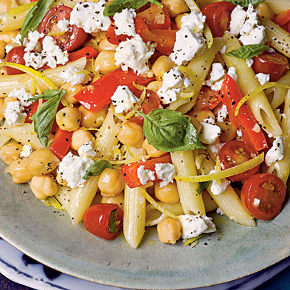 Penne with Chickpeas, Feta, and Tomatoes