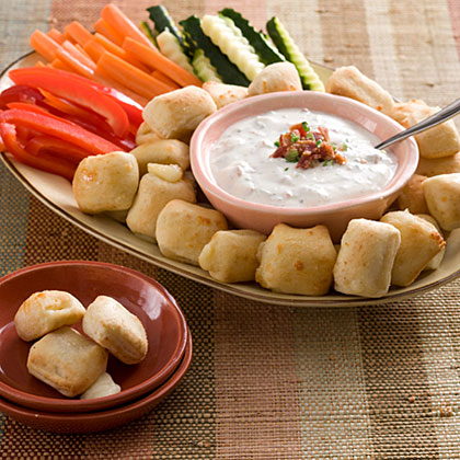 Green Onion-Bacon Dip With Mozzarella Bites and Vegetables