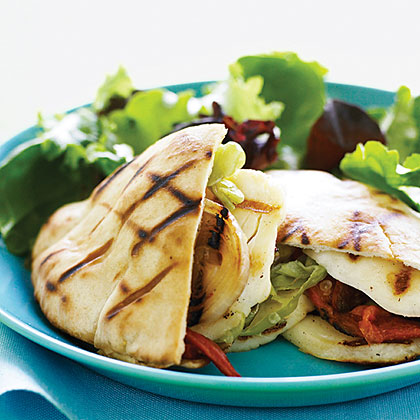 Grilled Halloumi Pitas Recipe