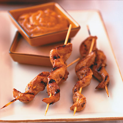 Chicken Tenders Satay With Peanut Dipping Sauces