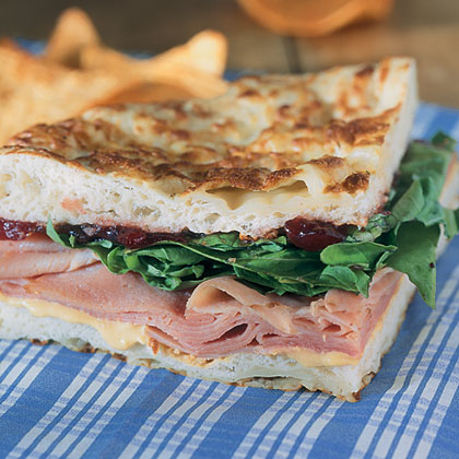 Ham And Arugula Sandwiches With Cranberry Chutney