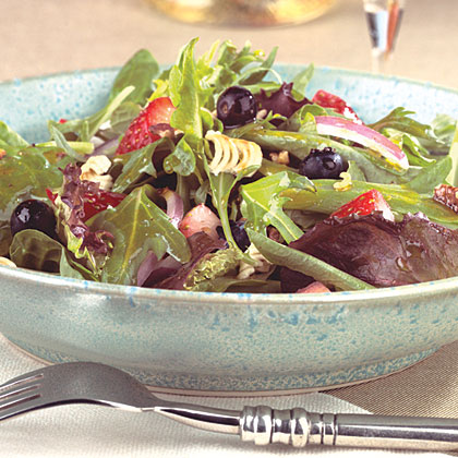 Crunchy Pecan Greens With Fresh Berries Recipe