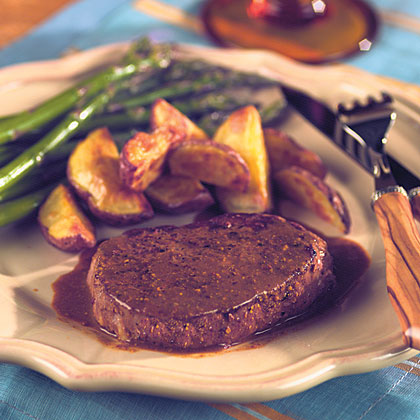 Tenderloin Steaks With Horseradish Mustard Sauce