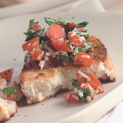 Tomato And Arugula Crostini