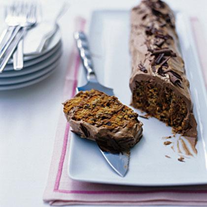 Layered Cookie Cream Cake
