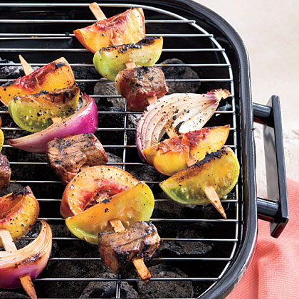 Molasses-Balsamic Steak Kabobs With Green Tomatoes